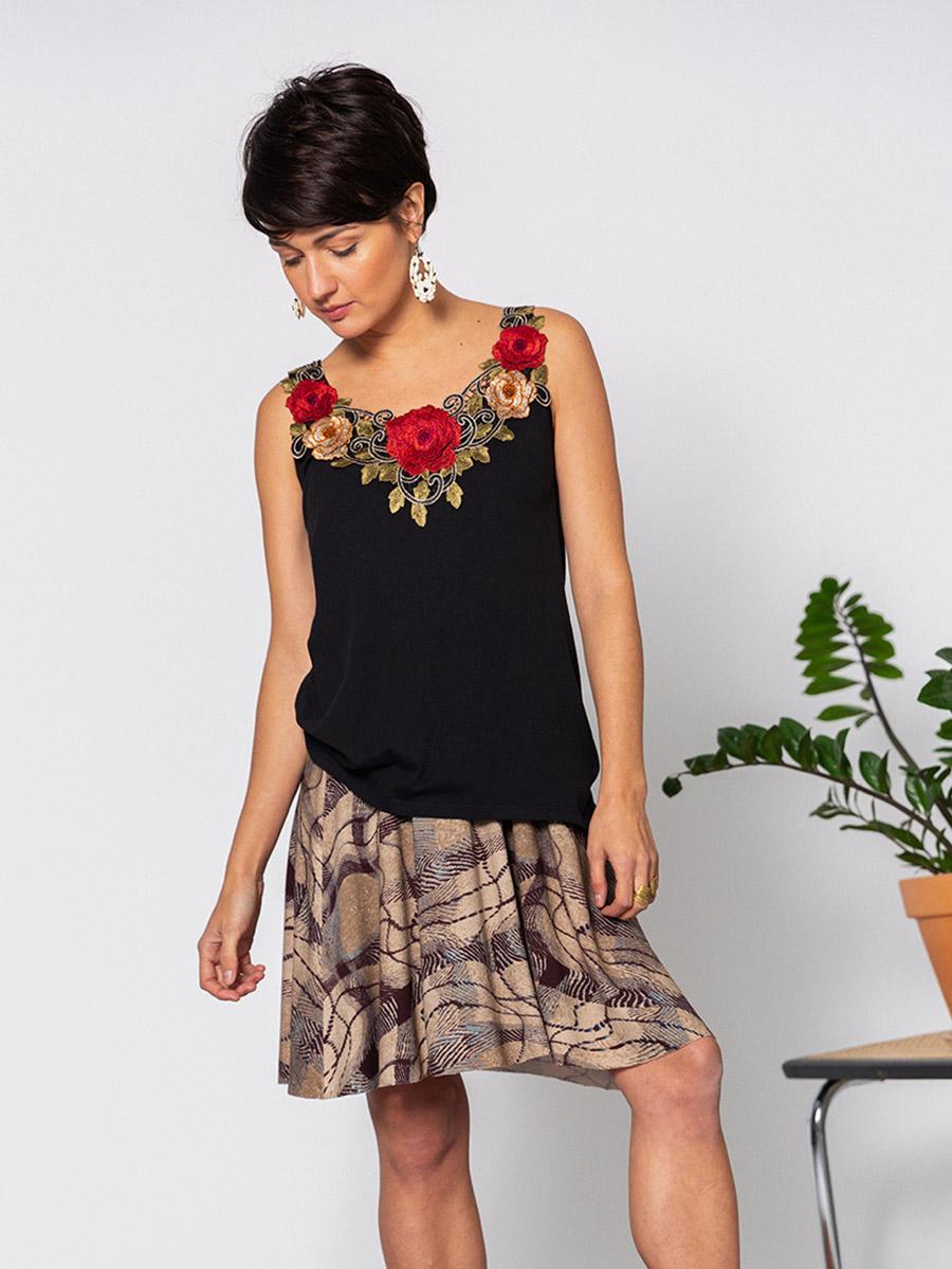 OTRORA_Camiseta de tirantes en punto algodón/Tencel con Falda vuelo de punto estampado de cuadros
