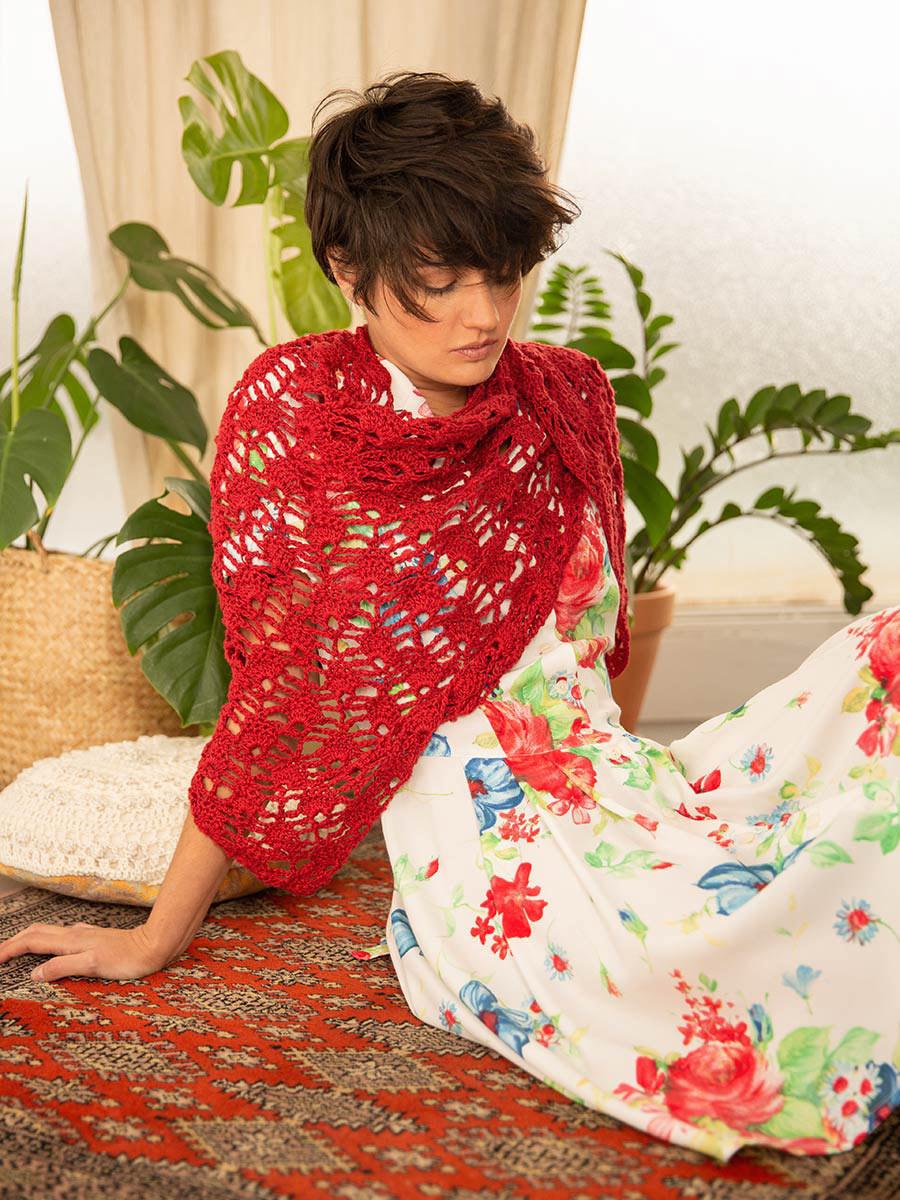 OTRORA_Vestido camisero manga corta estampado flores vintage con chal de lino color cereza tejido a mano