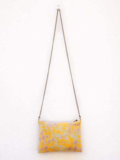 OTRORA_Bolso de jacquard amarillo con dos correas, de cuero y de cadena