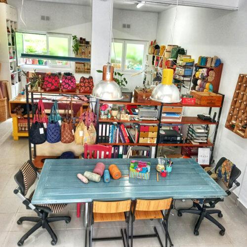 En Otrora te ofrecemos un espacio acogedor donde poder realizar diversos talleres artesanales